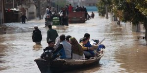 İran'da 23 Eyalet İçin Sel Alarmı Verildi