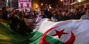 Cezayir'deki Sendikalar Konfederasyonundan Grev Kararı