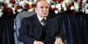Cezayir'de İslami Eğilimli Partiden Boykot Kararı