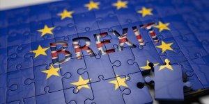 'Anlaşmasız Brexit'i Önleyen Tasarı Yasalaştı