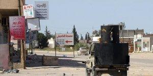 Libya'da Hafter'e Bağlı Uçaklar Bir Okulu Hedef Aldı