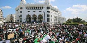 Cezayir'de Muhalefetten Seçimlere Boykot Kararı
