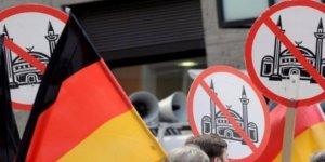 Almanya'da Müslüman Karşıtlığı Basına da Sıçradı