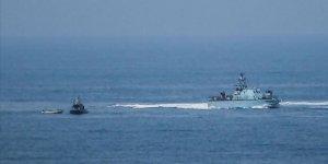 İşgal Güçleri Gazze'de Filistinli Bir Balıkçıyı Yaraladı