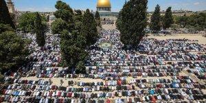 Mescid-i Aksa'da Ramazan Ayının İlk Cuma Namazı Kılındı