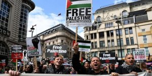 Londra'da Sivil Toplum Örgütleri Filistin İçin Yürüdü