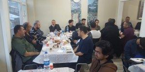 Üsküdar Özgür-Der Üye ve Gönüldaşları İftarda Buluştu