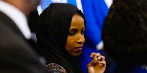 İlhan Omar: 'Beyaz Irkçılığa Birlikte Göğüs Germeliyiz'