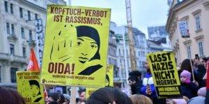 Avusturya'da Başörtüsü Yasağı Mecliste Kabul Edildi
