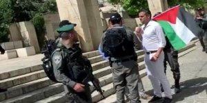 Netanyahu'nun Elini Sıkmayan Vekil Gözaltına Alındı!