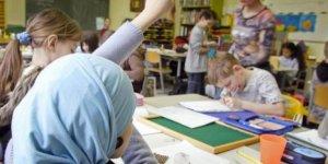 Almanya'da Müslüman Öğrencilerin Zorla Oruç Tuttuğunu İddia Ettiler