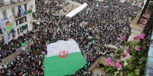 Cezayir'de Muhalefetin Geçici Başkan Adayı İbrahimi