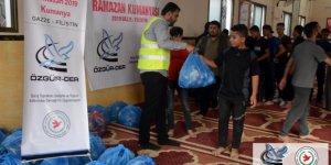 Ramazan Kumanyalarımız Gazze'deki Kardeşlerimize Dağıtılıyor