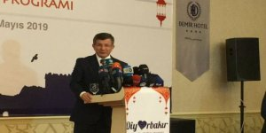 Ahmet Davutoğlu: 'Şimdi Kısır Döngüyü Kırmanın Vaktidir'