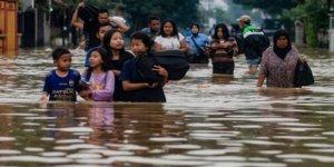 Endonezya'da 20 Bin Kişi Selden Etkilendi