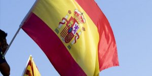 İspanya Yargılanan Katalanlara Aktif Siyaset Yollarını Kapattı
