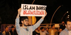 Ankara ve İstanbul'da Sisi Cuntasının Temsilciliklerinde Şehit Mursi İçin Protestolar Düzenlendi