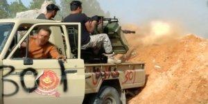 Kuşatma Altındaki Trablus Çevresinde Çatışmalar Sürüyor