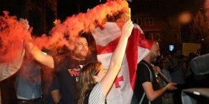 Gürcistan'daki Protestolar 5. Gününde