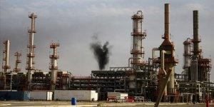Irak'ın Petrol İhracat Geliri 1 Milyar Dolar Azaldı