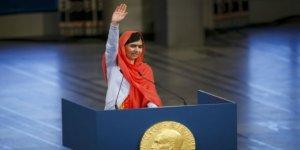 Kanadalı Bakan Afgan Malala'nın Örtüsünden Rahatsız
