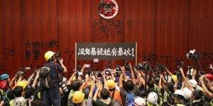 Hong Kong Yönetimi: Yasa Tasarısı Öldü