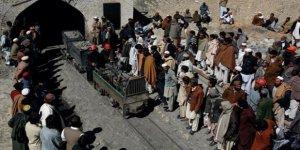 Pakistan'da Maden Kazası: 11 İşçi Mahsur