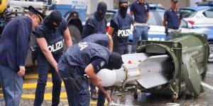 İtalya'da Aşırı Sağcılara Düzenlenen Baskında Füze Ele Geçirildi