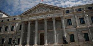 Katalanlardan İspanya'da Hükümet Kurulması İçin 'Referandum' Şartı