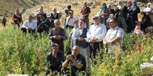 PKK'nın 14'ü Çocuk 24 Kişiyi Kurşuna Dizdiği Sündüz Katliamı 26. Yılında Unutulmadı