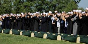 Bosna'da Soykırımın 86 Kurbanı Daha Toprağa Verildi