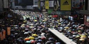 Çin'den 'Hong Kong'a Girebiliriz' Tehdidi