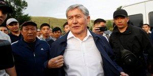 Kırgızistan'ın Eski Cumhurbaşkanı Atambayev Ülkeden Ayrıldı