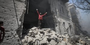 İdlib'e Hava Saldırısı: 6 Ölü, 18 Yaralı