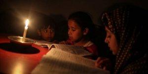 İsrail Filistin'in Elektrik Borcunu Vergilerden Kesecek