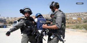 Siyonistler Kudüs ve Gazze'de 3 Gazeteciyi Yaraladı