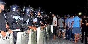 Kırgızistan'da Atambayev'in Evine Polis Baskını