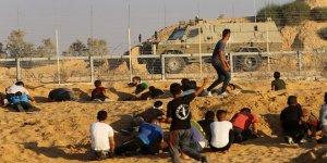İsrail Askerleri Gazze Sınırı Yakınında Filistinlileri Şehit Etti