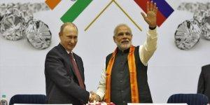 Rusya'dan Hindistan'ın Keşmir'i İşgaline Destek