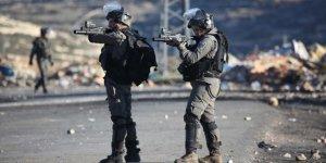İsrail Gazze'de Bir Filistinliyi Şehit Etti