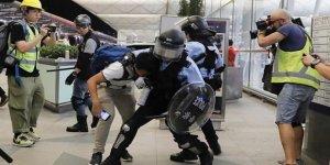 Hong Kong'da Protestocular İle Polis Arasında Çatışma Çıktı