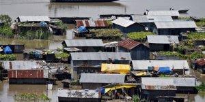 Hindistan'da Aşırı Yağışlar Nedeniyle 282 Kişi Hayatını Kaybetti