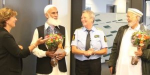 Norveç Polisinden Cami Saldırısını Engelleyen 'Kahramanlara' Teşekkür