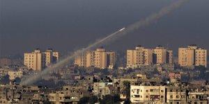 Kuşatma Altındaki Gazze'den Siyonist Yerleşimcilere Roket Atıldı