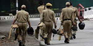 Cammu Keşmir'de Silahsızlandırılan Eyalet Polisleri Huzursuz
