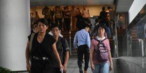 Hong Konglulardan Çin Askeri Rotasyonuna Tepkiler