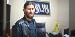 Resmi İdeolojiyi Eleştirdi, Gözaltına Alındı
