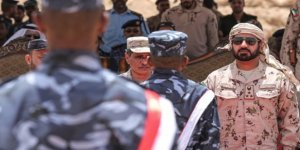Yemen İçişleri Bakanı: Ya Barış İçinde Ya da Savaşarak Aden'e Döneceğiz