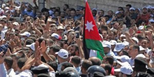 Ürdün'de Öğretmenler Zam İçin Grevde