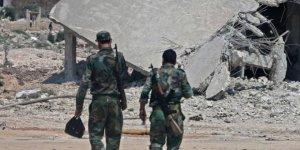 Muhalifler Katil Esed Rejiminin Han Şeyhun'dan Çekildiği İddiasını Yalanladı